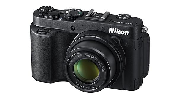 Nikon_P7700_front