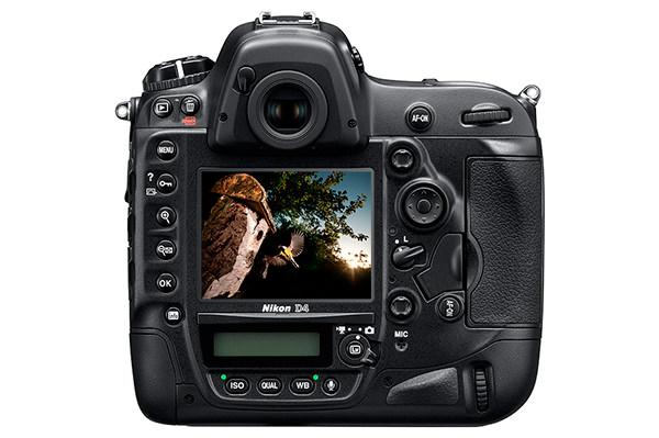 Nikon-D4---back