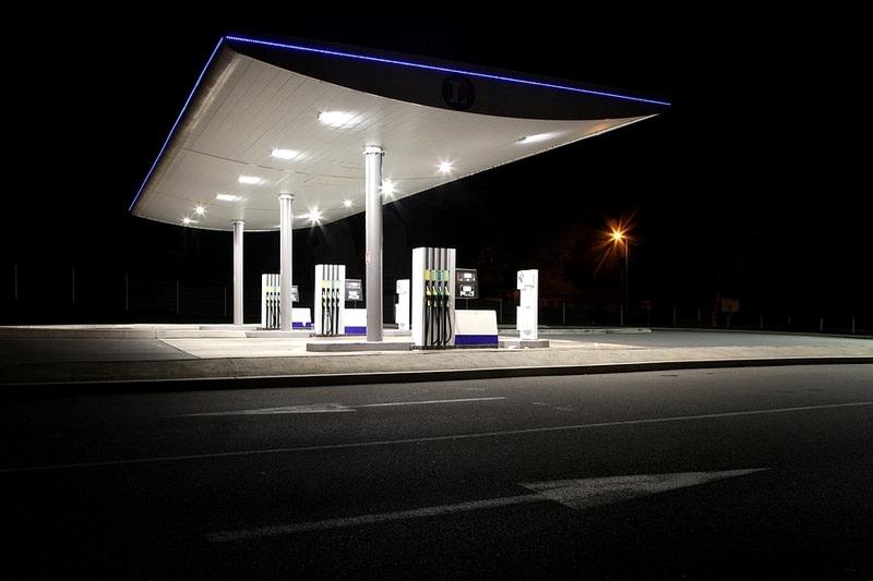 Uge45-Tankstation-Eric Dufour