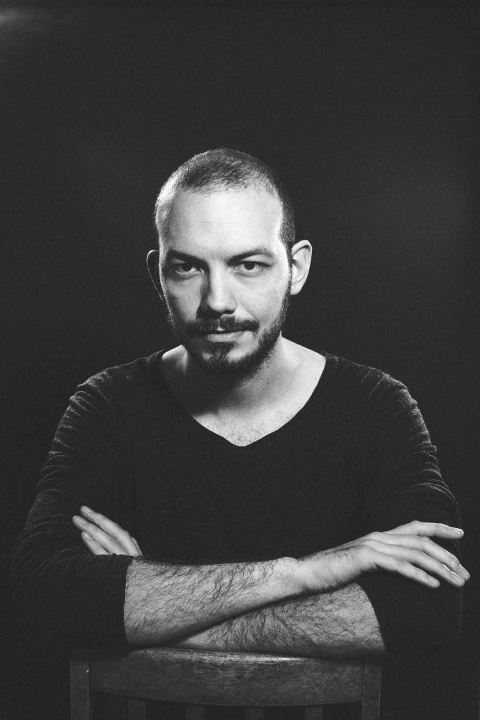 20150317-19-54-29-Jannik Jensen-Portræt-Sort-hvid
