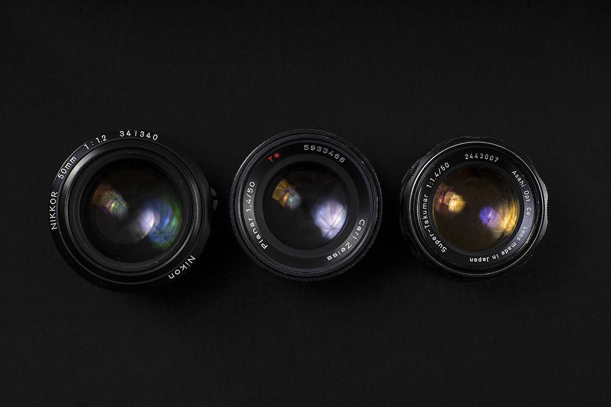 Fra venstre:Nikon 50mm f/1.2 AIS,Contax /Carl Zeiss Planar T* 50mm f/1.4,Asahi Pentax Super Takumar 50mm f/1.4.